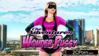 Wonder Pussy Molly Bennett Sucks the Power Out of Supervillain El Tronco
